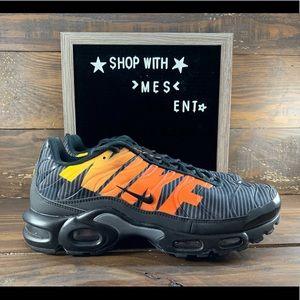 Nike Air Max Plus TN SE Mens Shoes